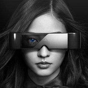 Post thumbnail of エプソン Android 搭載、最大320型3D画面を表示するヘッドマウントディスプレイ「MOVERIO (モベリオ)」2011年11月25日発売