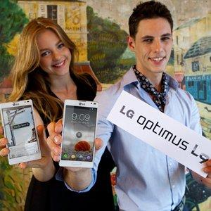 Post thumbnail of LG、「L-Style」シリーズに4.7インチサイズ デュアルコアプロセッサ搭載モデル「Optimus L9」追加、2012年9月以降発売
