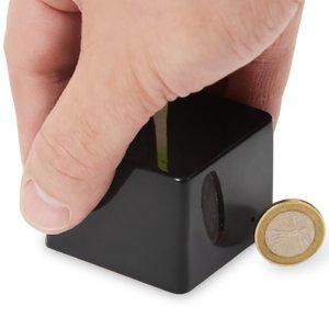 Post Thumbnail of 2インチサイズ(約55mm) Android 対応の小型デスクトップパソコン「CuBox Pro」発表、価格160ドル(約14,000円)