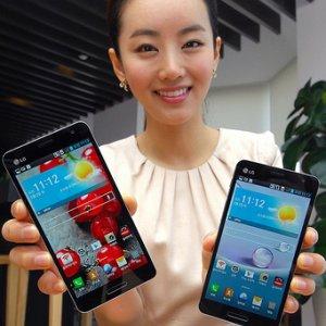 Post thumbnail of LG、韓国通信キャリア KT 向け「Optimus G Pro L-04E」ベースの5インチサイズスマートフォン「Optimus GK」発表