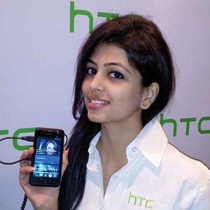 Post thumbnail of HTC、小型エントリーモデルスマートフォン「Desire 210」をインドで発表、価格8700ルピー(約15,000円)より発売