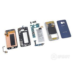 Post thumbnail of サムスン製、両サイド(エッジ)まで画面をのばしたスマートフォン「Galaxy S6 edge」分解レポート