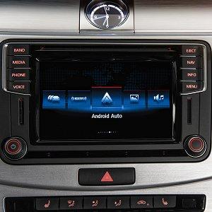 Post thumbnail of フォルクスワーゲン、2016年モデル自動車に Android Auto や Apple Carplay 対応の車載情報システム「MIB-II」搭載へ