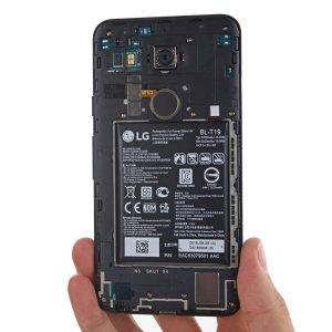 Post Thumbnail of グーグルブランドの LG 製ネクサススマートフォン「Nexus 5X」分解レポート、USB Type-C 端子搭載
