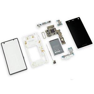 Post Thumbnail of バッテリー、カメラなどを交換変更できるモジュールスマートフォン「Fairphone 2」の分解レポート、修理のしやすさは最高評価