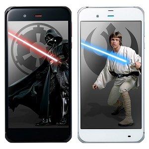 Post thumbnail of ソフトバンク、スター・ウォーズとコラボレーションした 5.3インチスマートフォン「STAR WARS mobile」登場、12月2日発売