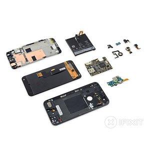Post Thumbnail of グーグル、自社ブランドピクセルシリーズ初となる5.5インチスマートフォン「Pixel XL」分解レポート、HTC 製ハイスペックモデル