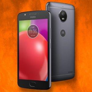 Post thumbnail of モトローラ、指紋センサー NFC 搭載のエントリーモデル5インチスマートフォン「Moto E4」発表、価格129.99ドル(約15,000円)