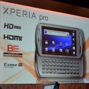 Post Thumbnail of Sony Ericsson スライド式キーボード搭載「Xperia Pro」発表